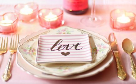 Love-plate-wedding